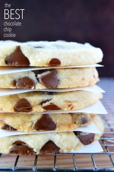 Milk Chocolate Shortbread Cookies: Look no further, these are the best, most butteriest, decadent chocolate chip cookies, perfect for holiday gift giving! Cookie Desserts, Just Desserts, Cookie Recipes, Delicious Desserts, Dessert Recipes, Baking Cookies, Chocolate Chip Shortbread Cookies, Best Chocolate Chip Cookie, Decadent Chocolate