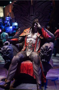 Castlevania Lord of Shadows | Anime Expo 2013