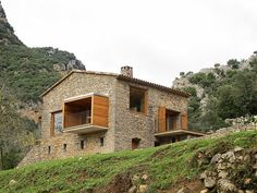 Refurbished Cottage in a Northern Catalonia Valley