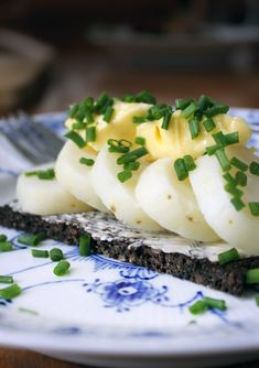 Authentic recipes so you too can enjoy Danish smørrebrød at home all year long!