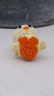 Steen i stugan: Liten virkad kyckling Crochet Toys, Easter, Amigurumi, Threading, Crocheted Toys