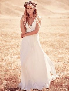 Free People | Vida Gown #FreePeople #bridal #gown