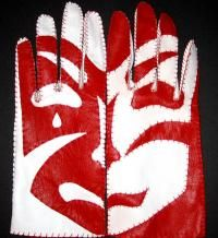 Riina Oun, Mask Gloves, 2007