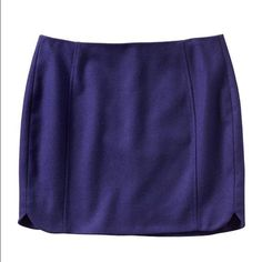 "Banana Republic Mini Skirt Banana Republic deep indigo blue mini skirt. Zipper in the back and stylish cuts at the side hems. Fully lined skirt is 15.5"" long Banana Republic Skirts Mini"