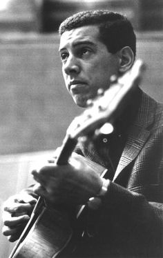 World-renowned jazz artist Kenny Burrell made his recording debut as a member of Dizzy Gillespies sextet in 1951 and has been reinventing sound ever since.