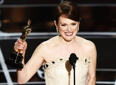 Julianne Moore accepts the Best Actress in a Leading Role Award for 'Still Alice' onstage during the Annual Academy Awards at Dolby Theatre on February 2015 in Hollywood, California. Patricia Arquette, Neil Patrick Harris, Grand Budapest Hotel, Best Actress Award, Best Actor, Julianne Moore, John Legend, Stephen Hawking, Oscar Verleihung