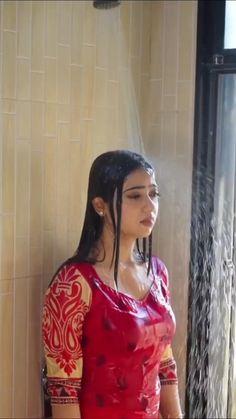 Beautiful Girl Photo, Beautiful Girl Indian, Beautiful Indian Actress, Cute Beauty, Beauty Full Girl, Massage Girl, Indian Girls Images, Indian Actress Hot Pics, Korean Girl Fashion
