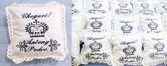 Almofadinhas para Lembrancinha de Nascimento www.facebook.com.br/adribordbordados