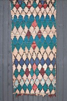 boucherouite, boucherouite matto, marokkolainen matto, itämainen matto, vintage matto, loft, loft tyyli, sisustus, sisustusliike, roomage, vintage interiors, helsinki, antiikki, antiikkiliike, antiikkiliike helsinki, vintage, vintage huonekalut, vintage valaisin, vintage valaisimet, huonekalut, sisustustuotteet