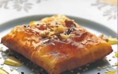 Find authentic, traditional Greek recipes and dishes. Greek Mediterranean recipes renowned for their wonderful and unique taste. Healthy recipes and articles about Greek cooking online. Greek food, Greek cooking tips, traditional recipes from Greece Greek Sweets, Greek Desserts, Greek Recipes, Desert Recipes, Philo Pastry, Cypriot Food, Greek Appetizers, Appetizer Recipes, Eat Greek