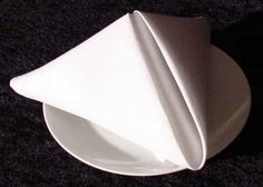 pyramid napkin design