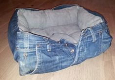 Top 10 Best Uses For an Old Pair of Jeans
