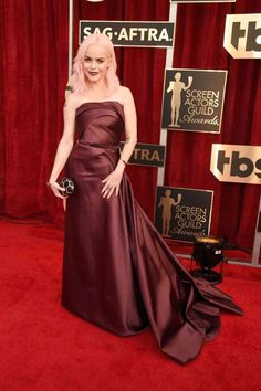 2017 Screen Actors Guild Awards:     Taryn Manning arrives at the 23rd Annual Screen Actors Guild Awards at the Shrine Auditorium in Los Angeles on Jan. 29, 2017.