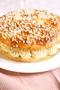 Pavlova, Phyllo Recipes, Food Porn, French Patisserie, Cake & Co, Arabic Food, Sweet Recipes, Deserts, Dessert Recipes