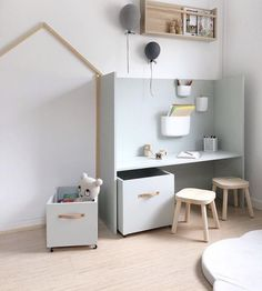 Interior & Scandinavian Home: How lovely is this kid's play corner by 👈🏻 Norman Copenhagen wall Pocket Organisers are available in our sale, limit stock remaining…」 Homemade Storage, Deco Kids, Kids Storage, Playroom Storage, Storage Ideas, Kids Room Design, Diy Interior, Interior Design, Luxury Interior