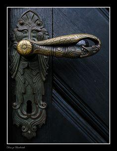 Medievel Door! Must have cool hardware!