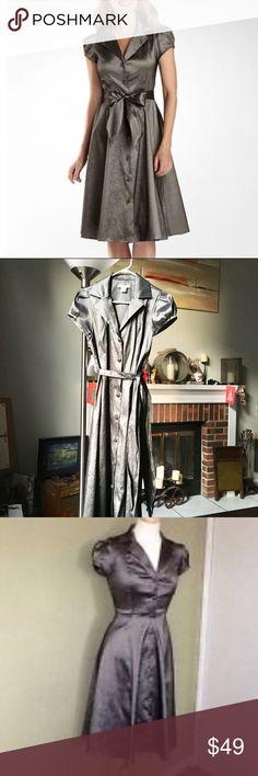 "Liz Claiborne cocktail Dress Silver Iridescent Liz Claiborne Tafetta Shirtdress   Bust 38"" Length 44"" Liz Claiborne Dresses"