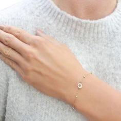 Perfect Image, Perfect Photo, Love Photos, Cool Pictures, Solid Gold Bracelet, White Gold Jewelry, Carat Gold, Gold Bangles, Jewlery