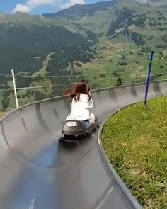 Travel Discover Epic toboggan rides in Switzerland Would you try this? Epic toboggan rides in Switzerland Would you try this? Vacation Places, Vacation Destinations, Dream Vacations, Vacation Spots, Switzerland Destinations, Places Around The World, The Places Youll Go, Cool Places To Visit, Places To Go