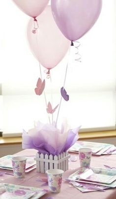 40 ideas with Balloons Butterfly Centerpieces, Butterfly Birthday Decorations, Butterfly Baby Shower Butterfly 1st Birthday, Butterfly Baby Shower, Butterfly Party, Butterfly Balloons, Baby Birthday, Balloons On Sticks, Balloon Ribbon, Baby Shower Purple, Ideas Para Fiestas
