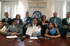 #LaRealnoticia Estado Debe Garantizar Justicia y Evitar Linchamiento Político:GPPAN http://ht.ly/XShNF
