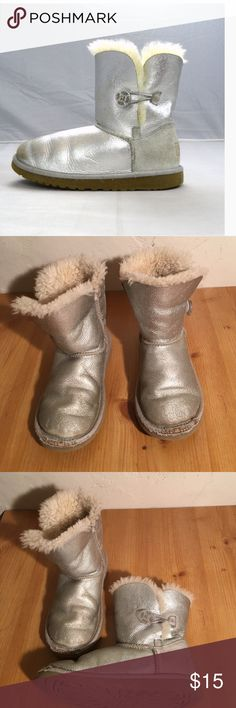 UGG 3375 KIDS SILVER FUR LINED BOOTS SIZE 13 GIRLS PREOWNED FUR GOOD SEE SCUFF AT TOES NO HOLES UGG Shoes Rain & Snow Boots