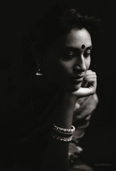 I'm finding myself. Where is ME ? – souloflistener Portrait Photography Poses, Photography Poses Women, Indian Photography, Family Photography, Creative Photography, Indian Photoshoot, Saree Photoshoot, Photoshoot Style, Black And White Portraits