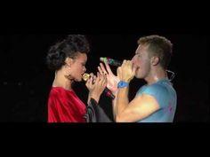 "▶ Coldplay ""Princess of China"" ft. Rihanna at Stade de France 酷玩乐队与蕾哈娜,中国公主"