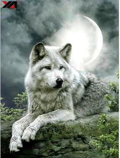 Moonlight Wolf Square Diamond Painting