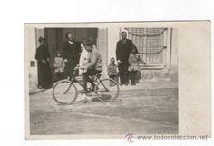 Fotografía antigua: EL MASNOU. Maresme, una calle y una bicicleta, 1910's. Foto: M. Cendra - Foto 1 - 37764956
