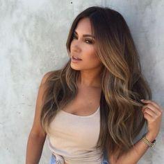 Najmodniejsze fryzury, cięcia i kolory na 2017 rok