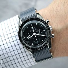 Omega Speedmaster Professional ready for Manual-wind First Man on the Moon watch with the legendary caliber 1861 engine inside. Elegant Watches, Stylish Watches, Luxury Watches For Men, Men's Watches, Cool Watches, Omega Speedmaster Moonwatch, Omega Seamaster, Moon Watch, Nato Strap