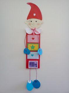 Στο τελευταίο θρανίο της Πάτρας: Χριστουγεννιάτικα - ελάφι και ημερολόγιο Paper Christmas Decorations, Christmas Crafts, Xmas, Christmas Ornaments, Holiday Decor, Warm Fuzzies, Pre School, Handicraft, Homeschool