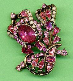 Hollycraft Pink Bellflower Brooch  - 5402
