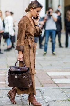 Find tips and tricks, amazing ideas for Miroslava duma. Discover and try out new things about Miroslava duma site Style Work, Look Street Style, Street Chic, Style Me, Street Styles, Estilo Glamour, Inspiration Mode, Miroslava Duma, Mode Outfits