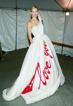 The+Most+Dramatic+Met+Ball+Looks+of+All+Time