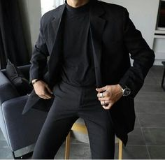 men's street style outfits for cool guys Korean Fashion Men, Fashion Mode, Boy Fashion, Fashion Outfits, Fashion Trends, Fashion Styles, Fashion Ideas, Male Fashion 2018, All Black Mens Fashion