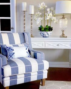 Hamptons Style Furniture - Create Your Perfect Home Hamptons Style Decor, The Hamptons, Hamptons House, Living Room White, Living Room Chairs, Living Rooms, Sofa Furniture, Online Furniture, Cottage Furniture