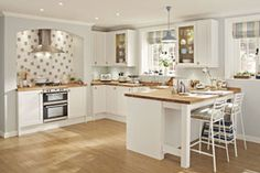 Howdens Joinery kitchens- Howdens' Greenwich Shaker range. Find out more about #kitchen installation too http://www.which.co.uk/home-and-garden/home-improvements/reviews-ns/best-kitchen-brands/kitchen-installation/