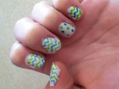 Cute sharpie nails! I never knew u could do this!!