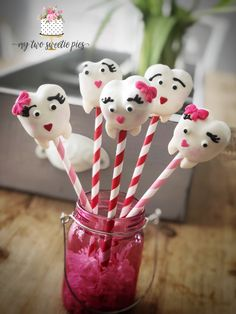 Sweet tooth cake pops