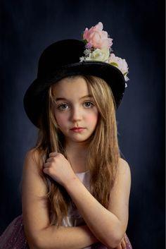 Child Portraits Children Photography, Family Photographer, Child Portraits, Fine Art, Kid Portraits, Visual Arts, Infant Photography