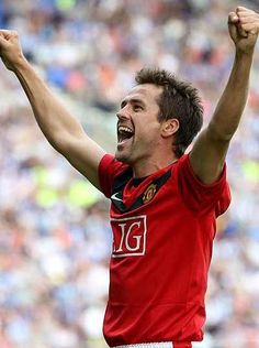 after a few frustrating seasons on and off the treatment table, Owen joined Manchester United on a free contract in 2009