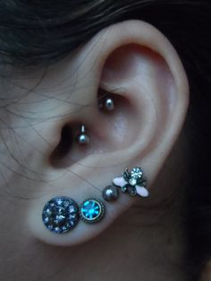 I want my daith done next. And it fucking amazes me how many people seriously think a daith is your rook or helix. Wut.