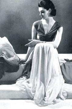Chiffon evening gown, Lucien Lelong, 1937