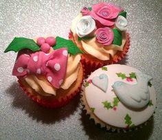 Vintage Pink Christmas Cupcakes
