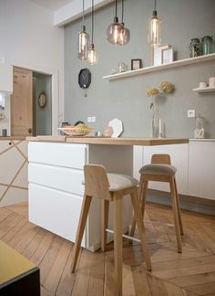 Home Sweet Home Lyon Place Sathonay Wohnung Renovierung - Home Sweet Home Lyon Place Sathonay Wohnung Renovierung - Kitchen Paint, Kitchen Design, Kitchen Walls, White Kitchen Decor, White Kitchen Cabinets, Sweet Home, House Painting, Interior Design Living Room, Home Kitchens