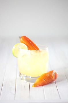 tequila and mezcal cocktail recipe http://www.weddingchicks.com/2013/09/09/cocktail-recipes/
