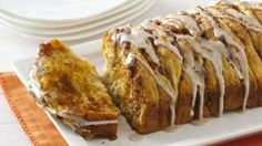 Pumpkin Spice Pull Apart Bread 1 can oz) Pillsbury Grands! Flaky Layers refrigerated honey butter biscuits biscuits) cup canned pumpkin pie mix (n. Pumpkin Pie Mix, Canned Pumpkin, Pumpkin Bread, Pumpkin Spice, Pumpkin Pumpkin, Peanut Butter Cups, Pumpkin Recipes, Fall Recipes, Apple Recipes