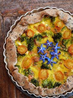 grain de sel - salzkorn: Und ich mag ihn doch - Tarte mit Lachs, Dill und Brokkoli